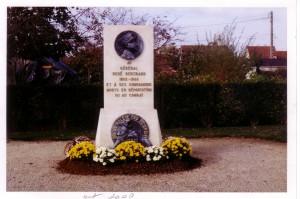 stèle du Général Bertrand à St Amand Montrond