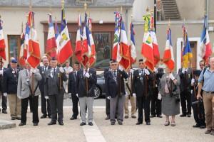 les porte drapeaux à DUN SUR AURON